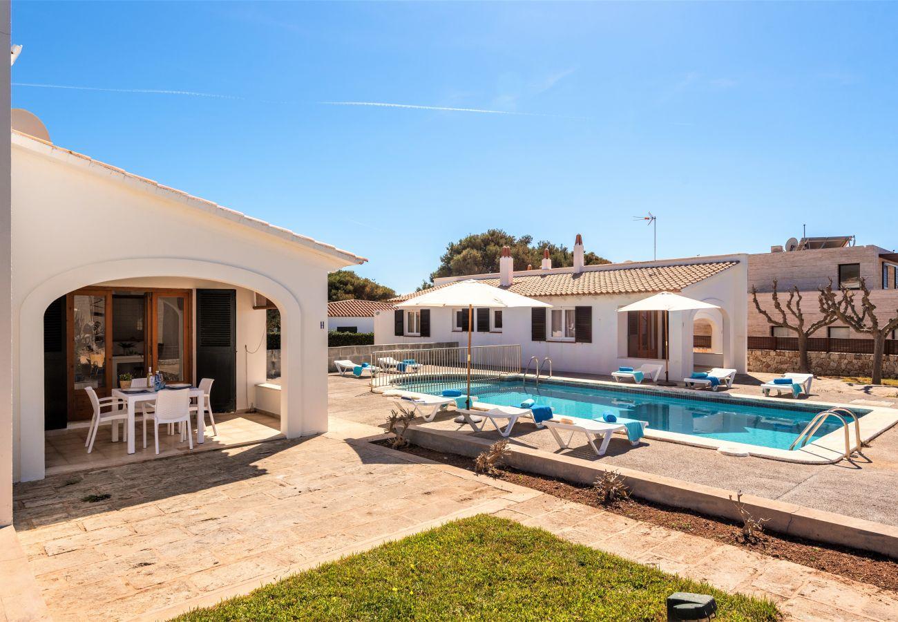 Ferienwohnung in Cala´n Blanes - Menorca-APTO I / C.BRUT