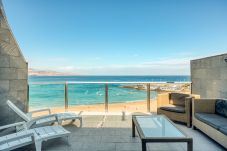 Ferienwohnung in Las Palmas de Gran Canaria - Incredible terrace blue sea+Wifi by Canariasgetawa