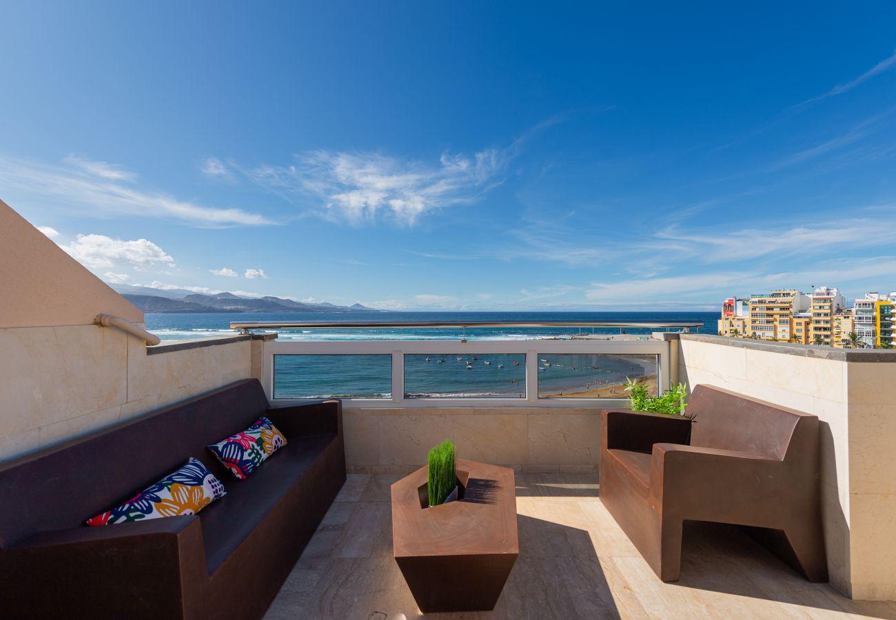 Ferienhaus in Las Palmas de Gran Canaria - Awesome 3BR beachfront terrace By CanariasGetaway