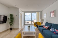 Ferienhaus in Las Palmas de Gran Canaria - Awesome 3 bedrooms front line terrace by canariasg