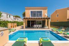 Villa in Arenal d´en Castell - Menorca Garbo
