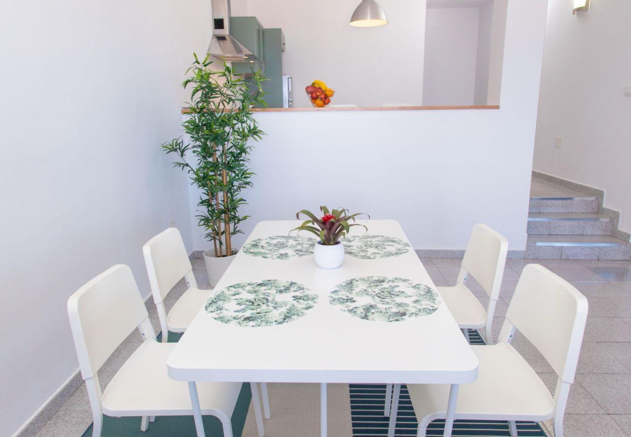 Ferienwohnung in Agüimes - Arinaga Colors - Green By CanariasGetaway