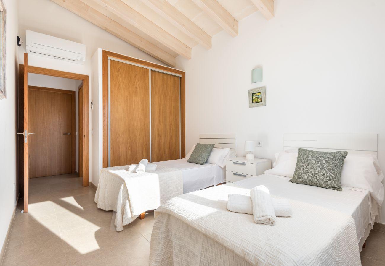 Villa in Cala´n Bosch - Menorca Anaïs